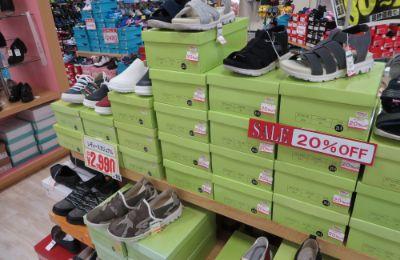 靴のアルコ店内の豊富な品ぞろえ2
